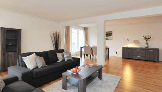 Per May 1st : Zeestraat 189 , newly renovated 132 sqm apartment on Willemspark